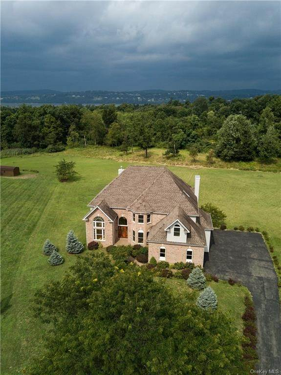 Residential for Sale at 40 Heather Drive, Fishkill, NY 12590 Fishkill, New York 12590 United States