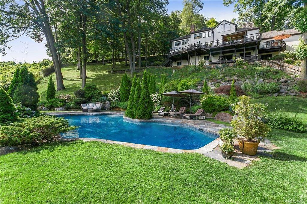 Residential for Sale at 2 Bramblebush Road, Cortlandt, NY 10520 Cortlandt Manor, New York 10520 United States