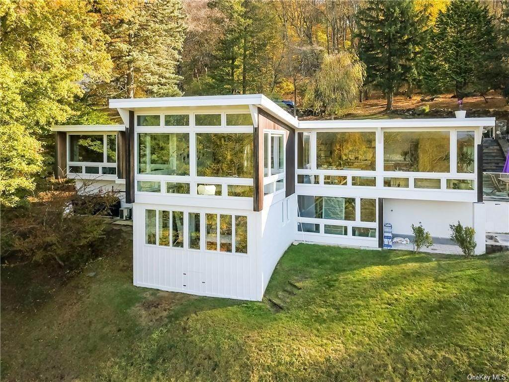 Residential for Sale at 52 Upland Lane, Cortlandt, NY 10520 Cortlandt Manor, New York 10520 United States