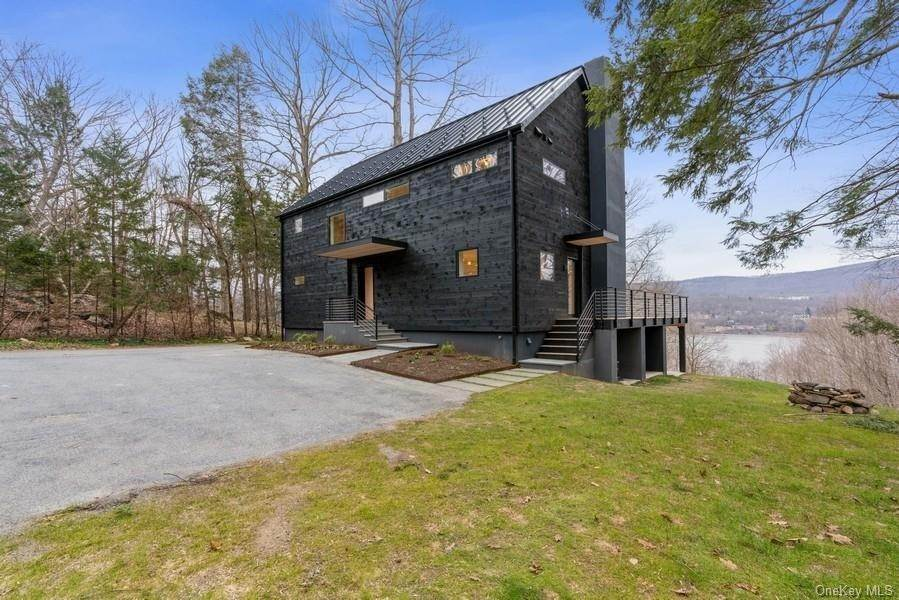 Residential for Sale at 529 Route 9D Philipstown, New York 10524 United States