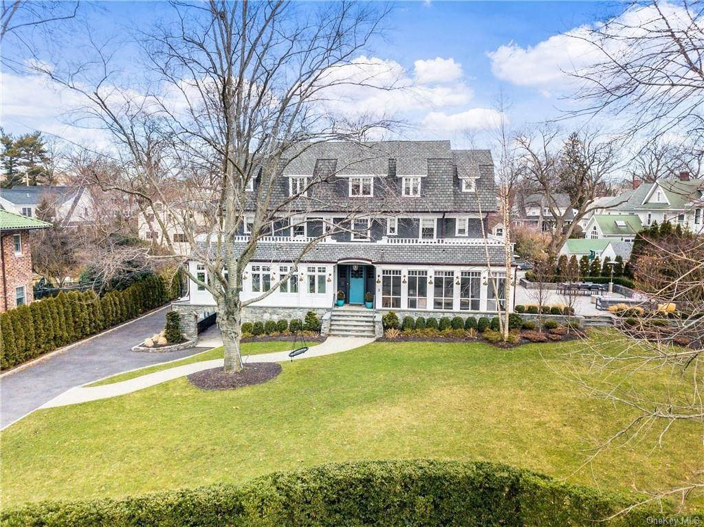 Residential for Sale at 3 Wakeman Place, Mamaroneck, NY 10538 Mamaroneck, New York 10538 United States