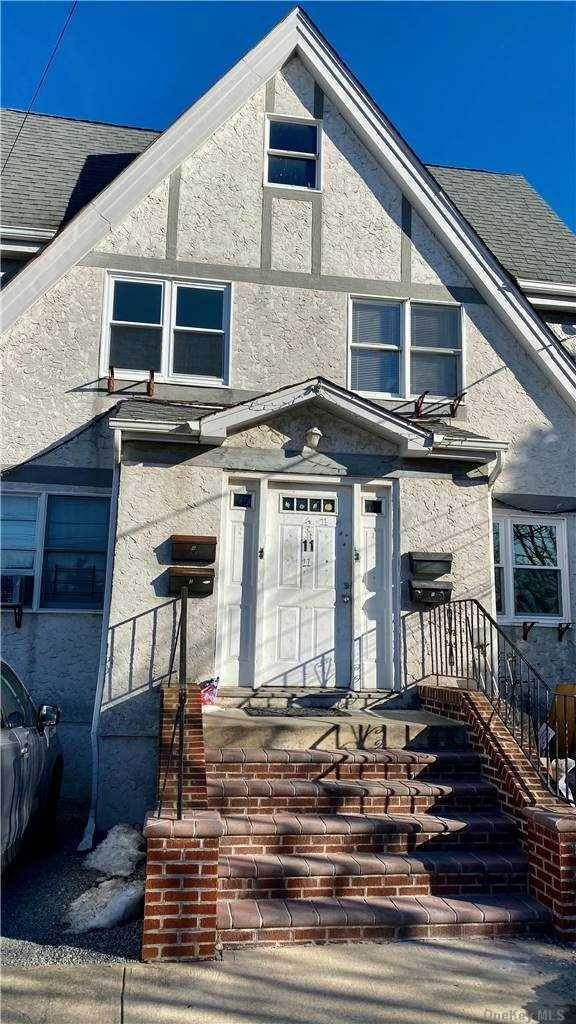 Residential Lease at 11 Cammerer Avenue # 1, E. Rockaway, NY 11518 East Rockaway, New York 11518 United States