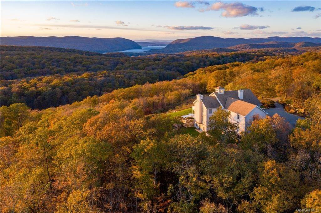 Residential for Sale at 90 Angels Hill Philipstown, New York 10524 United States