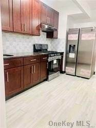 Residential Lease at 31-46 30 Street # 1Fl, Astoria, NY 11105 Astoria, New York 11105 United States