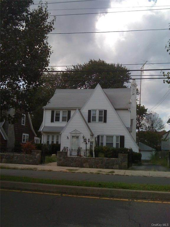 Residential Lease bei 3411 Main Street # 1, Bridgeport, CT 06606 Bridgeport, Connecticut 06606 Vereinigte Staaten