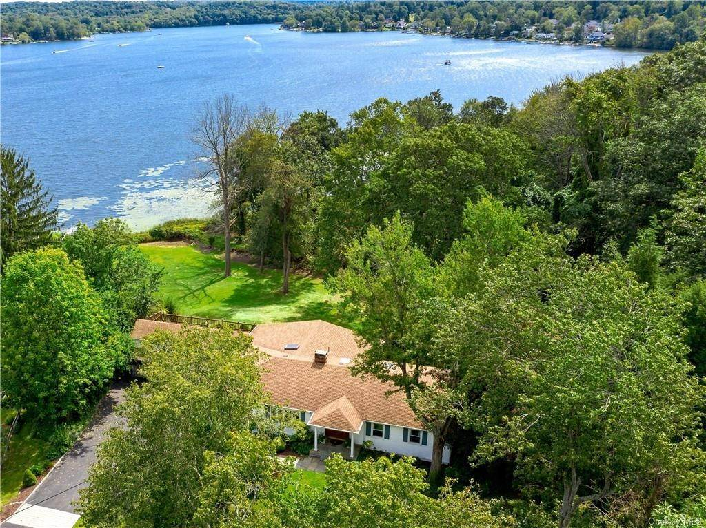 Residential for Sale at 28 Seven Oaks Lane, Southeast, NY 10509 Southeast, New York 10509 United States