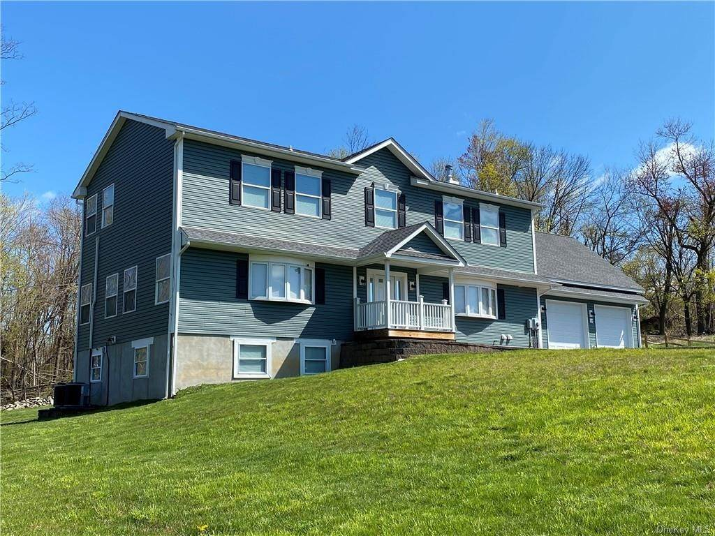 Residential for Sale at 225 Bedford Lane, Fishkill, NY 12524 Fishkill, New York 12524 United States