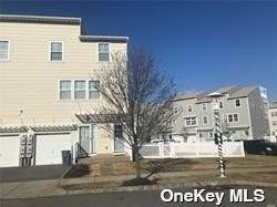 Residential Lease at 121 Meridian Boulevard Arverne, New York 11692 United States