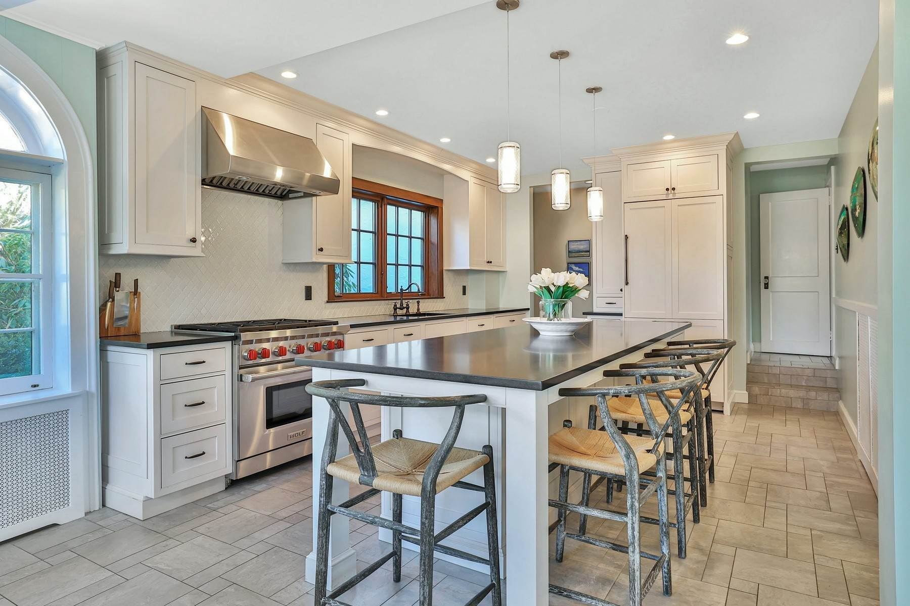10. Single Family Homes for Sale at Light Filled, Sophisticated Tudor 210 Elm Road Briarcliff Manor, New York 10510 United States