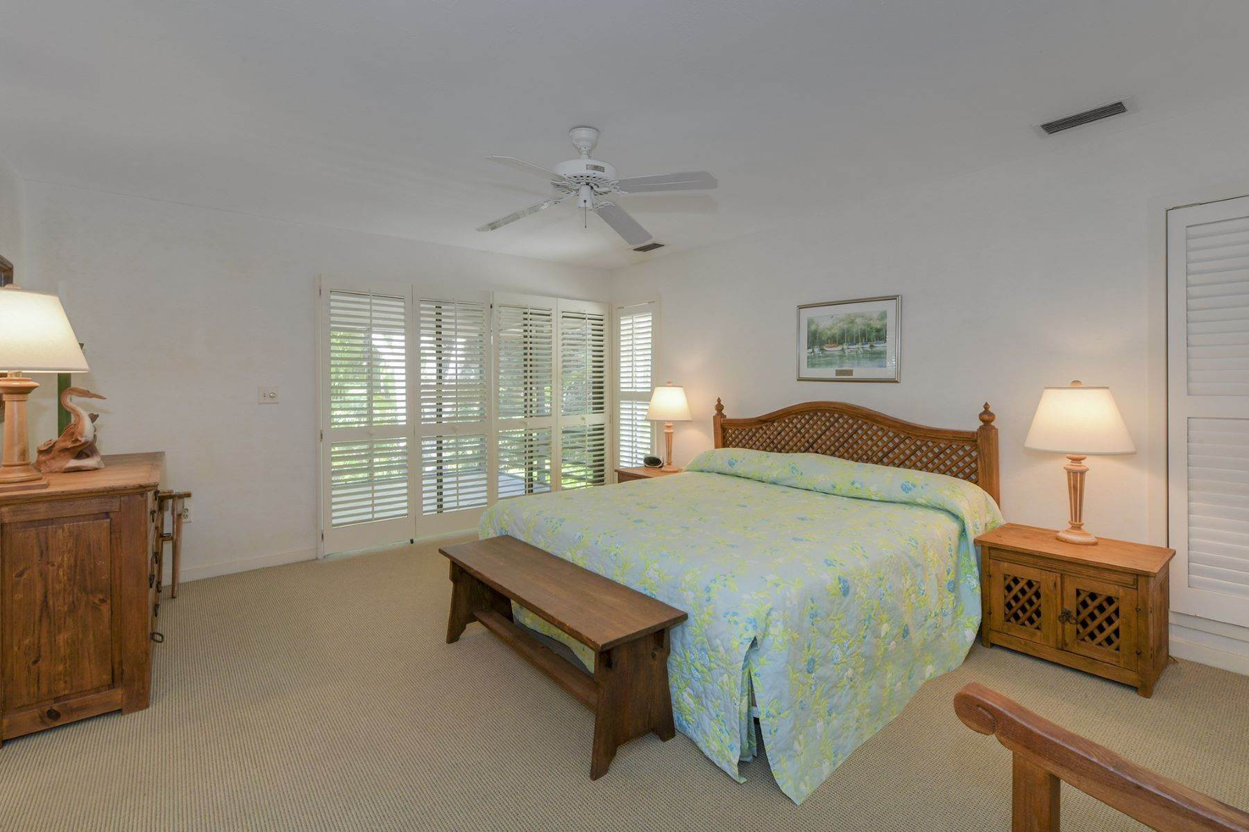 27. Property for Sale at 10 Cannon Point, Key Largo, FL 10 Cannon Point Key Largo, Florida 33037 United States