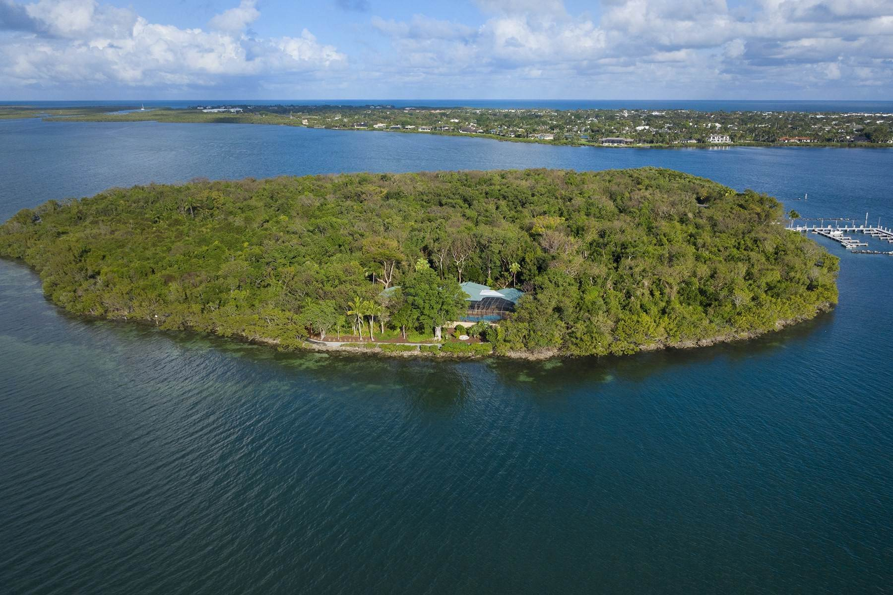 45. Property for Sale at 10 Cannon Point, Key Largo, FL 10 Cannon Point Key Largo, Florida 33037 United States
