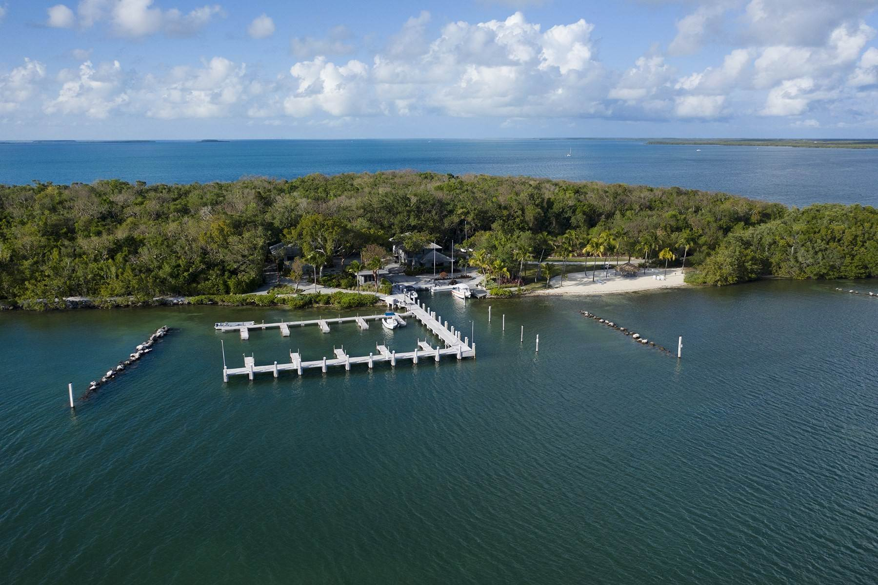 10. Property for Sale at 10 Cannon Point, Key Largo, FL 10 Cannon Point Key Largo, Florida 33037 United States