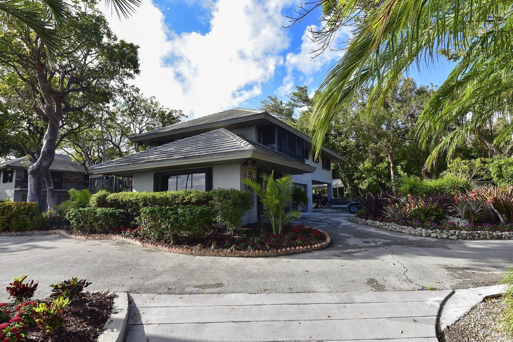 4. Property for Sale at 10 Cannon Point, Key Largo, FL 10 Cannon Point Key Largo, Florida 33037 United States