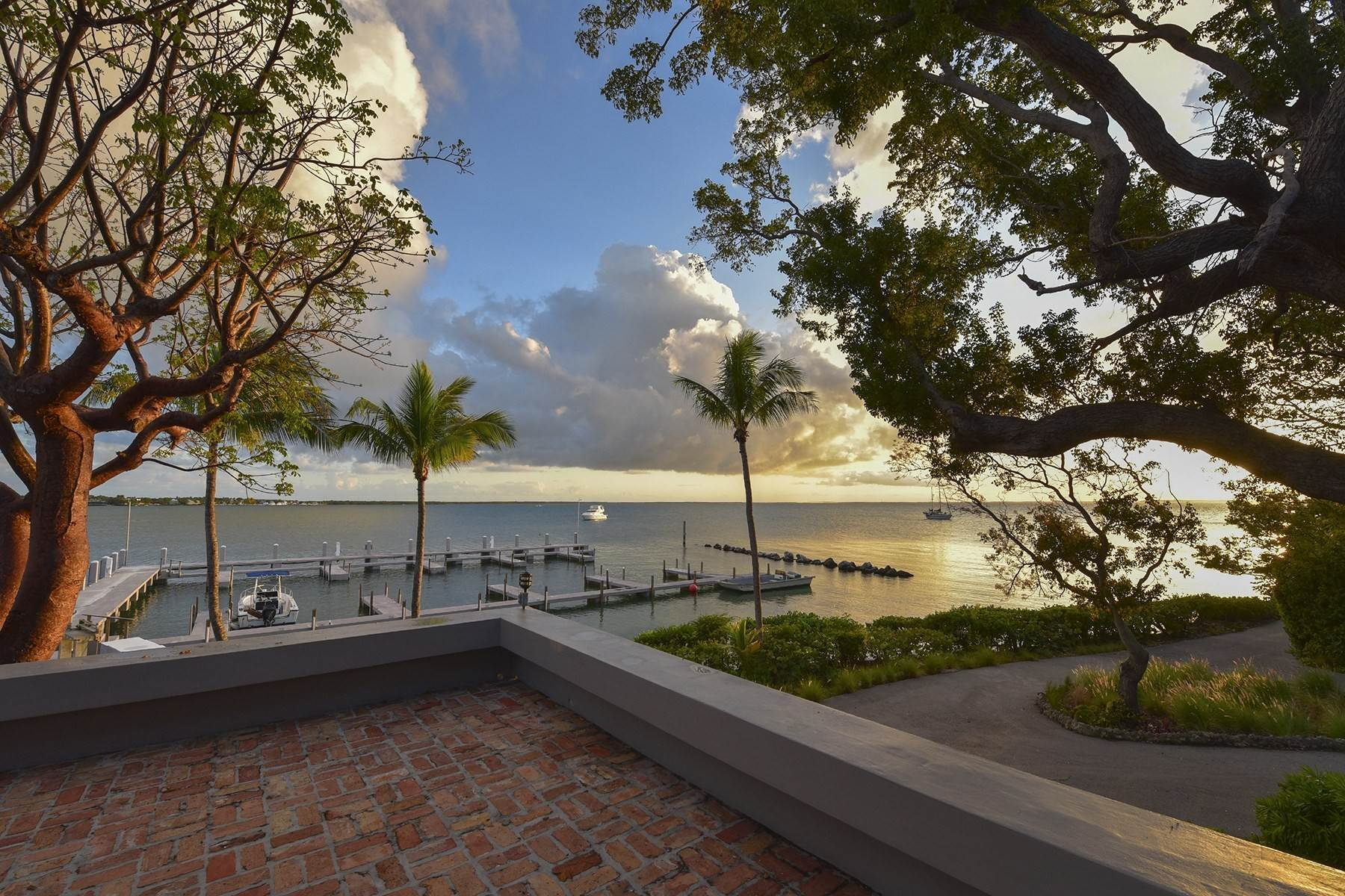 36. Property for Sale at 10 Cannon Point, Key Largo, FL 10 Cannon Point Key Largo, Florida 33037 United States
