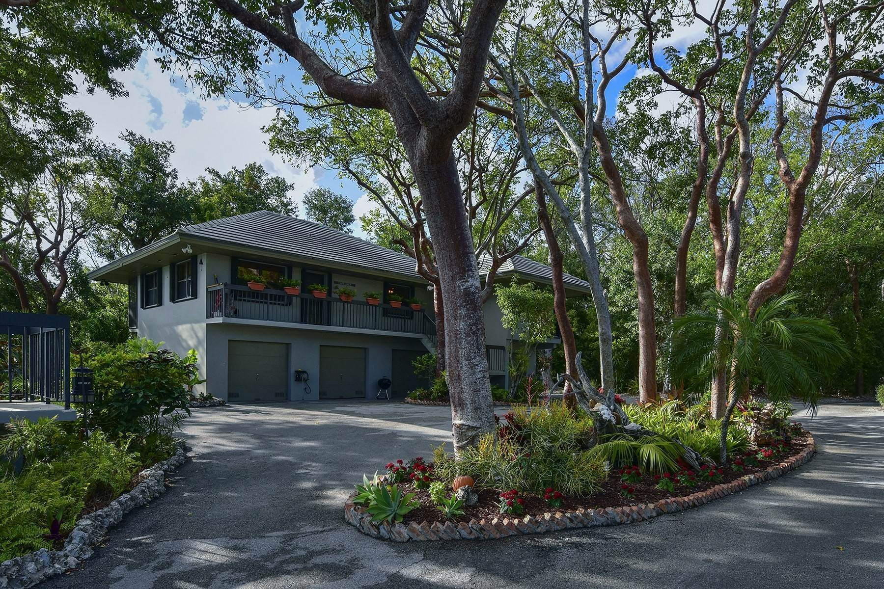 21. Property for Sale at Pumpkin Key - Private Island, Key Largo, FL Pumpkin Key - Private Island Key Largo, Florida 33037 United States