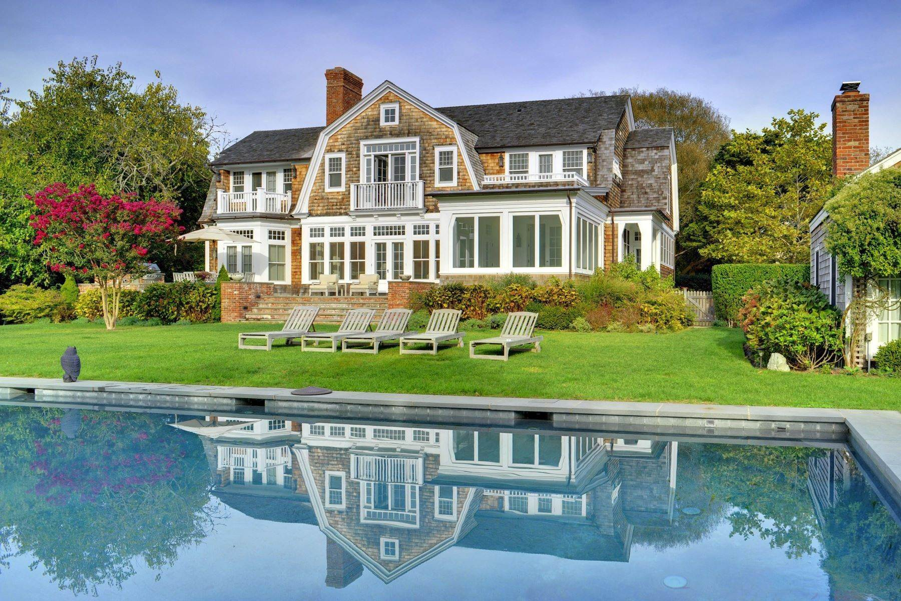 Single Family Homes at Egypt Lane Summer Cottage 123 Egypt Lane East Hampton, ニューヨーク 11937 アメリカ